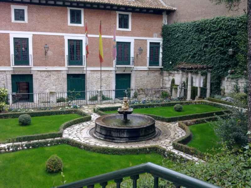 Jardín de la Casa Cervantes