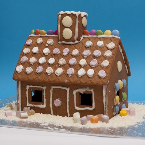 Wooden gingerbread house plans for Gingerbread house floor plans