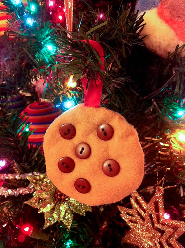 CookieOrnament.jpg by melbergink