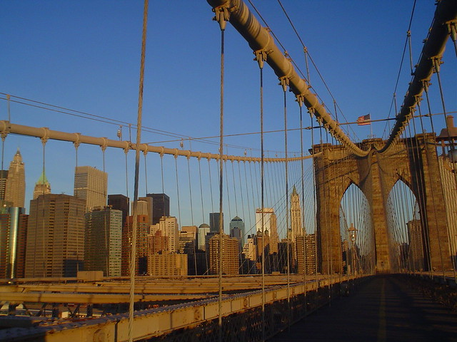 Photo de la voie piétonne du Pont de Brooklyn, New York, USA