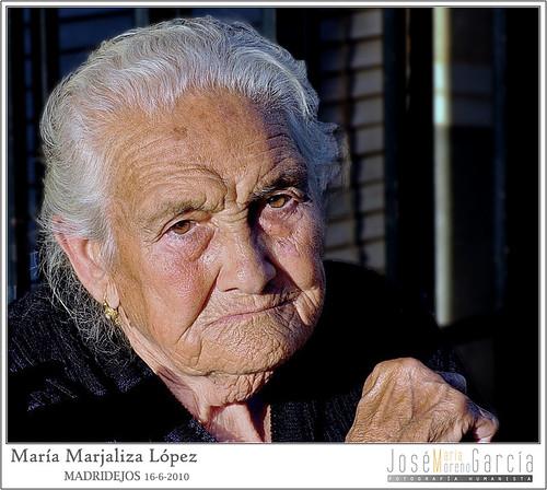 María Marjaliza López by José-María Moreno García = FOTÓGRAFO HUMANISTA
