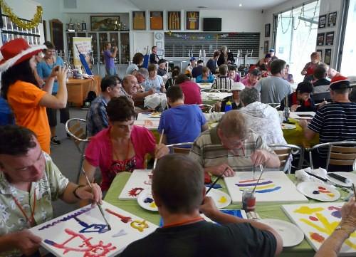 DoodleJam Xmas Eve -Sunshine Holidays 2011 - Pic2