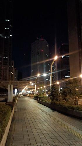 夜の都庁前
