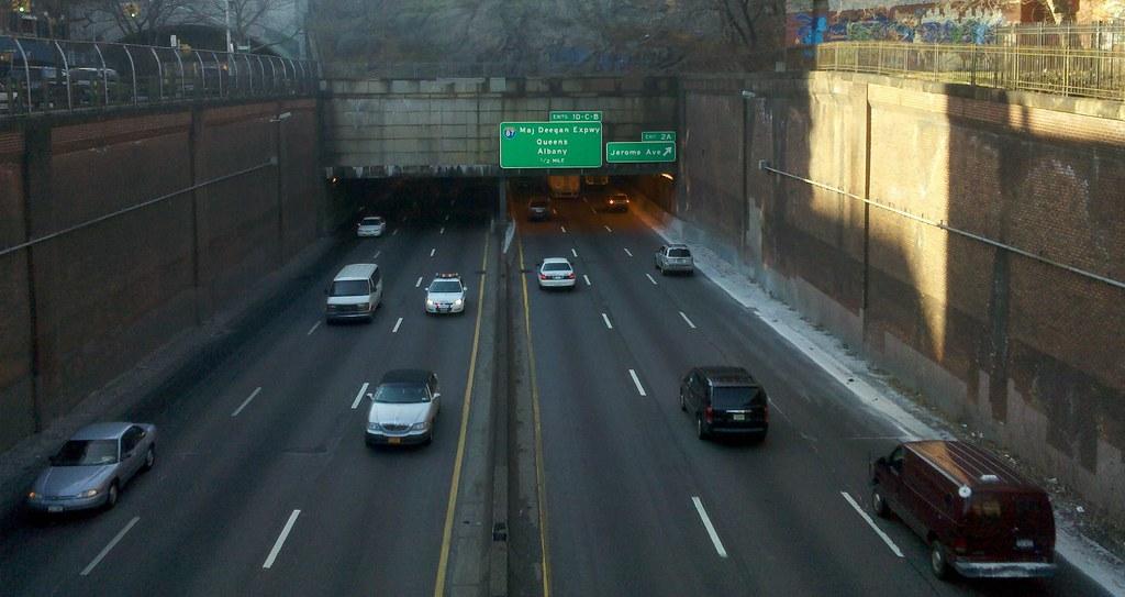 Cross Bronx Expressway - I'm Just Walkin'