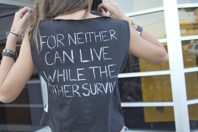 diy chalk t-shirt