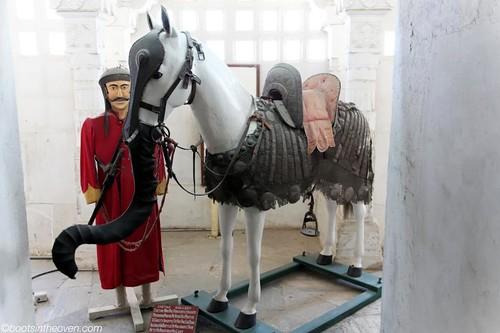 Elephorse! Horsephant! Anyway, cool armor.