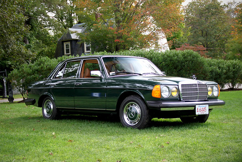 Mercedes benz w123 a photo on flickriver for Mercedes benz w123