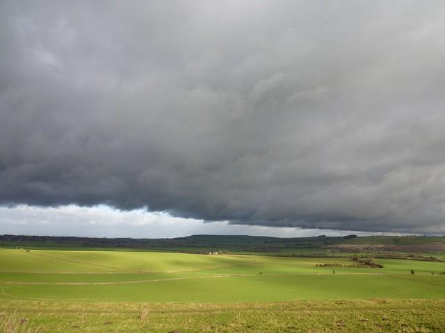 Smeathes ridge storm over Liddington2