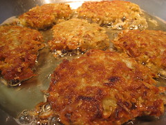 meal, breakfast, fried food, cutlet, fritter, produce, food, dish, cuisine, potato pancake,