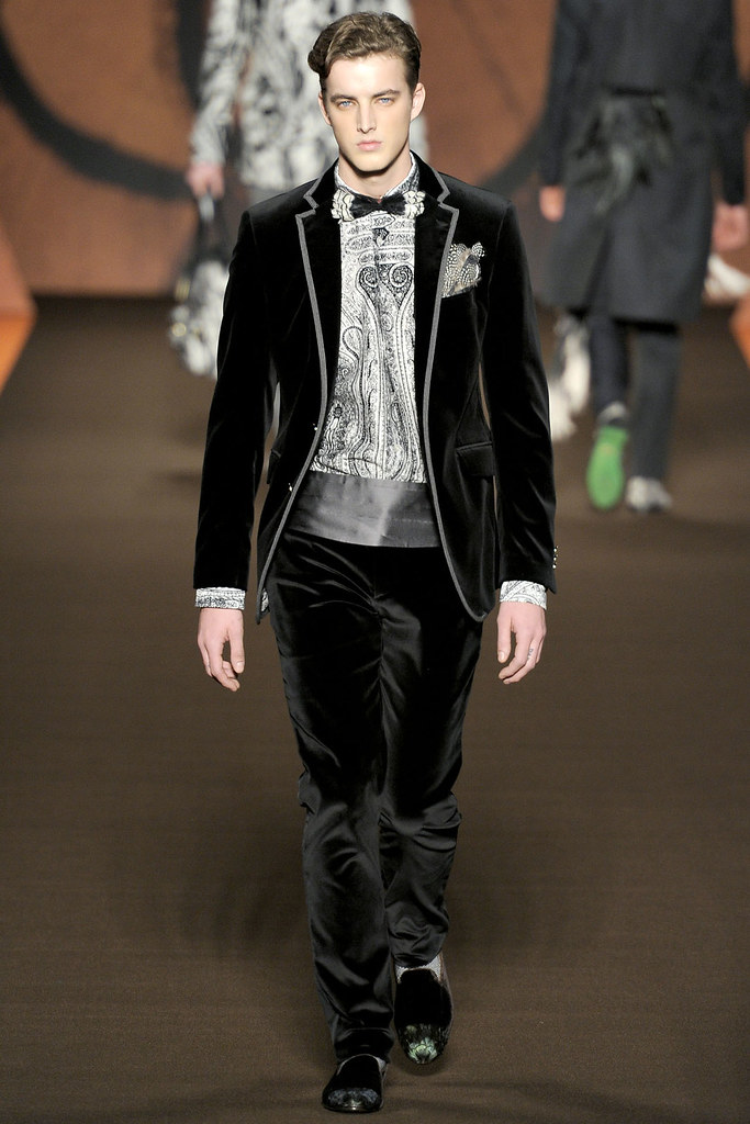 James Smith3555_FW12 Milan Etro(VOGUE)