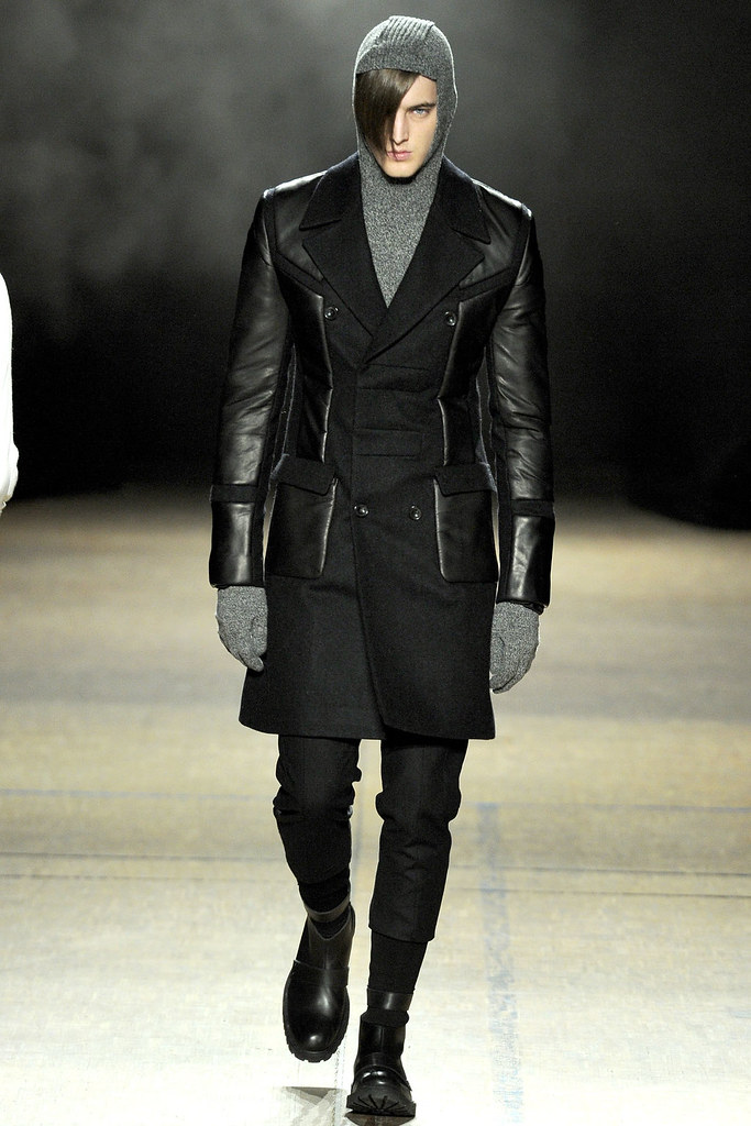 James Smith3587_FW12 Paris Juun J(VOGUE)