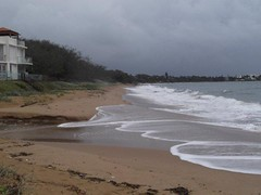 Archies Beach Bargara Qld at 9.06 AM 23/01/2012?