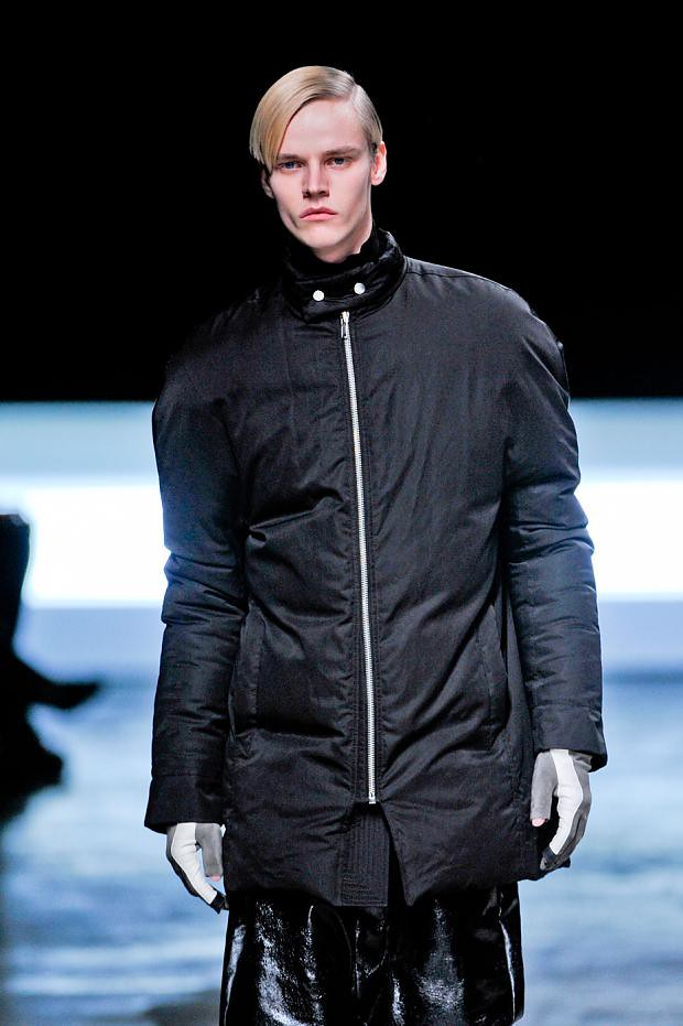 Bart Grein3070_04_FW12 Paris Rick Owens(fashionising.com)