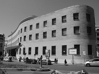 Palazzo della posta di piazza Bologna a Roma
