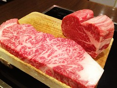 wagyu beef, steak, red meat, jamã³n serrano, sirloin steak, kobe beef, food, flesh, matsusaka beef, cooking,