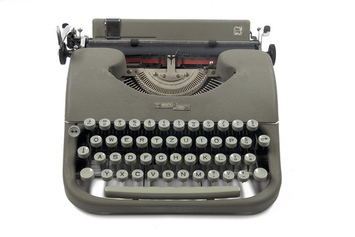 Swissa piccola typewriter