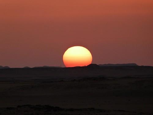 Puesta de sol en el desierto (Egipto)