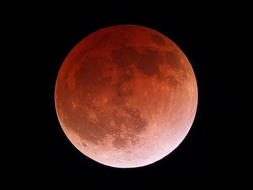 Total Lunar Eclipse on April 15th, 2014