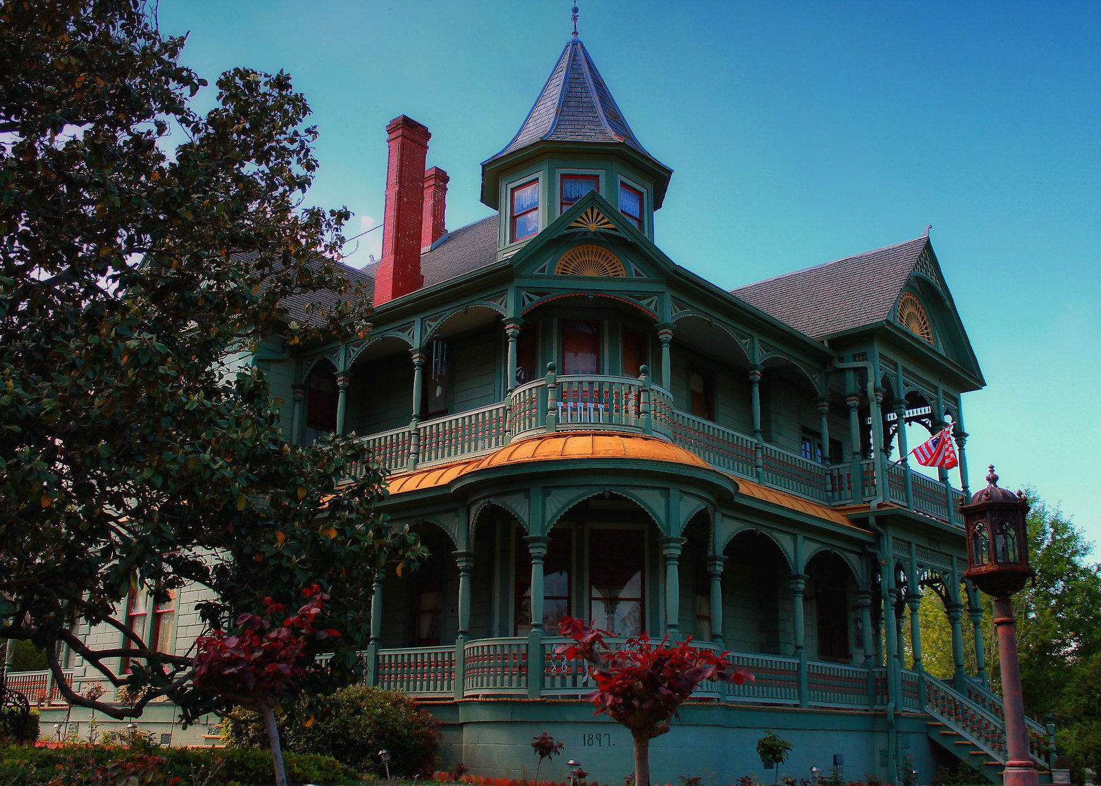 Woods-Hughes House in Brenham, Texas.. Credit Renelibrary