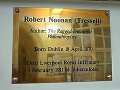Photo of Robert Tressell brass plaque