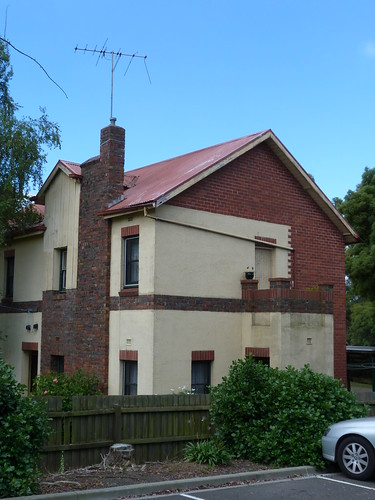Houses, Warragul