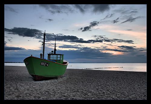 MIZ-4 on the beach... by ZbigD