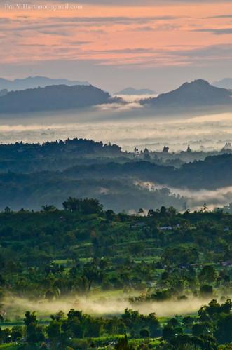 sunrise indonesia nikon bukittinggi padang agam maninjau puncak sumaterabarat westsumatera bukitbarisan d7000 lawangdanau