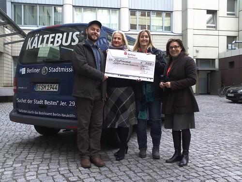 Siegerehrung der Wunschaktion der Sparkasse. 5000€ für den Kaeltebus