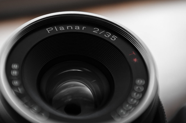 Carl Zeiss Planar 2/35