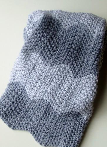 Grey zigzag