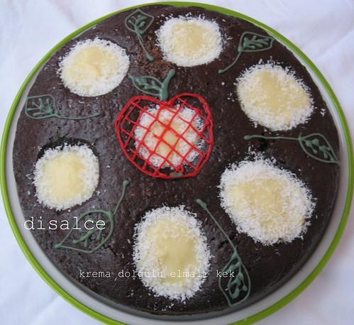 krema dolgulu elmalı kek4