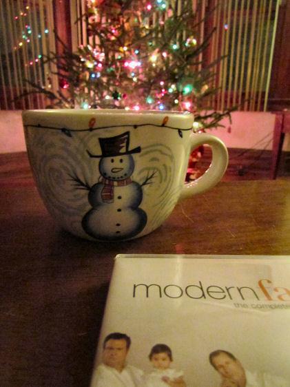 Warm Milk Sugar Cookie Tea with Modern Family