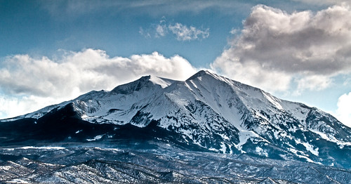 winter mountain snow clouds town colorado mountaintown filter aspen carbondale majestic hdr 70200mmf4 2011 sopris aspenco carbondaleco canon7d tobyharriman soprismountain