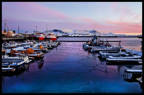 ice port sunrise boats colorful harbour reykjavik glace