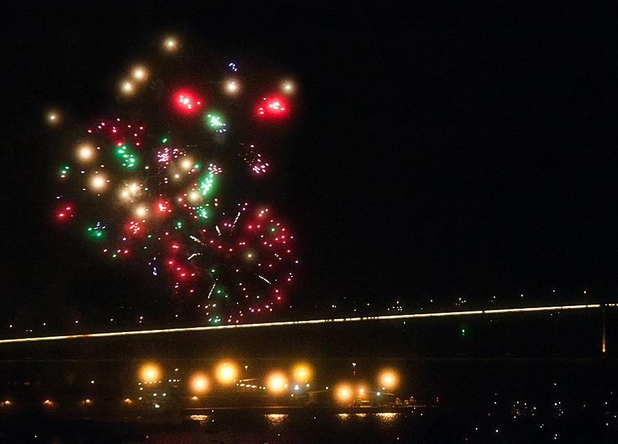 fireworks_311211_8-9