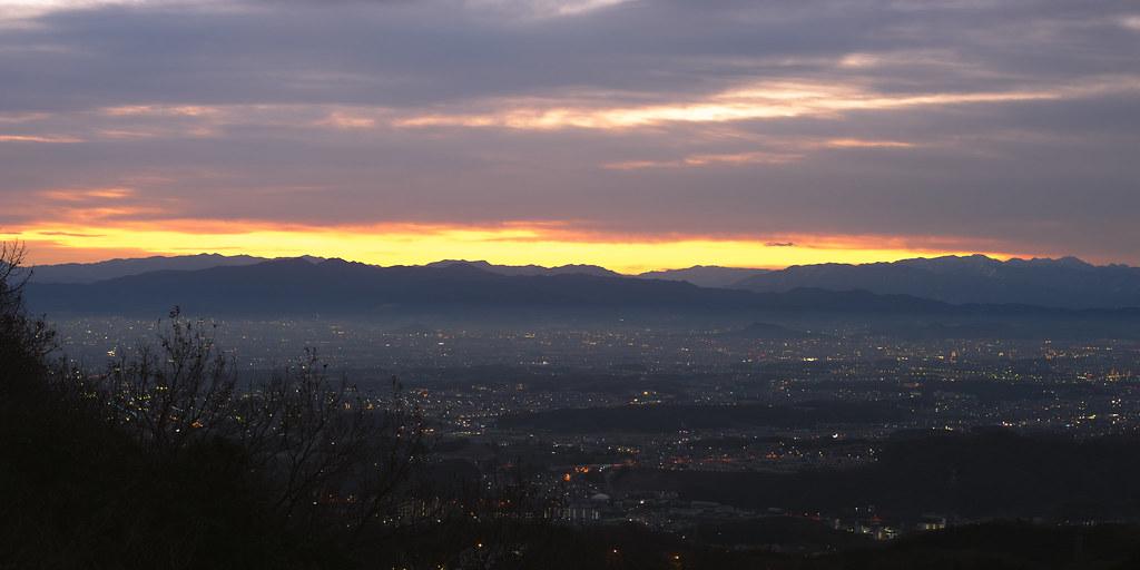 The first sunrise on Mt. Shigi 6:38