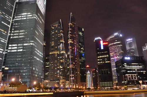 Singapore skyline bynight