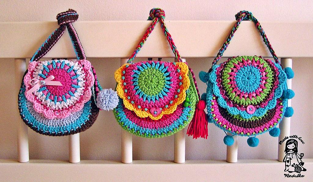 Хочу предложить яркие вязаные и тканевые сумки. . Они подойдут для дополнения повседневного образа