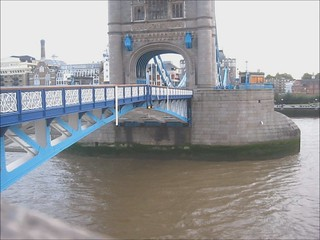 towerbridge8x