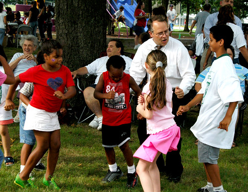 New England Futures photo of Fall River mayor & kids at festival (by: Dave Weed, Fall River Healthy City Coordinator)