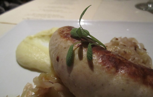 Sausage with braised cabbage and apples