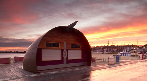 sunrise canon cafe sigma 7d cropped seafront 1020 weymouth