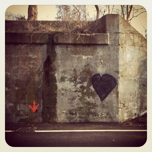 underpass love