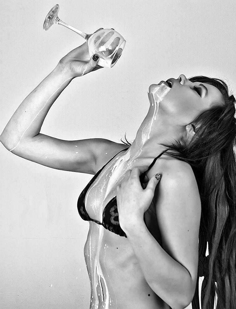 Nicoleta Liquid Sesion
