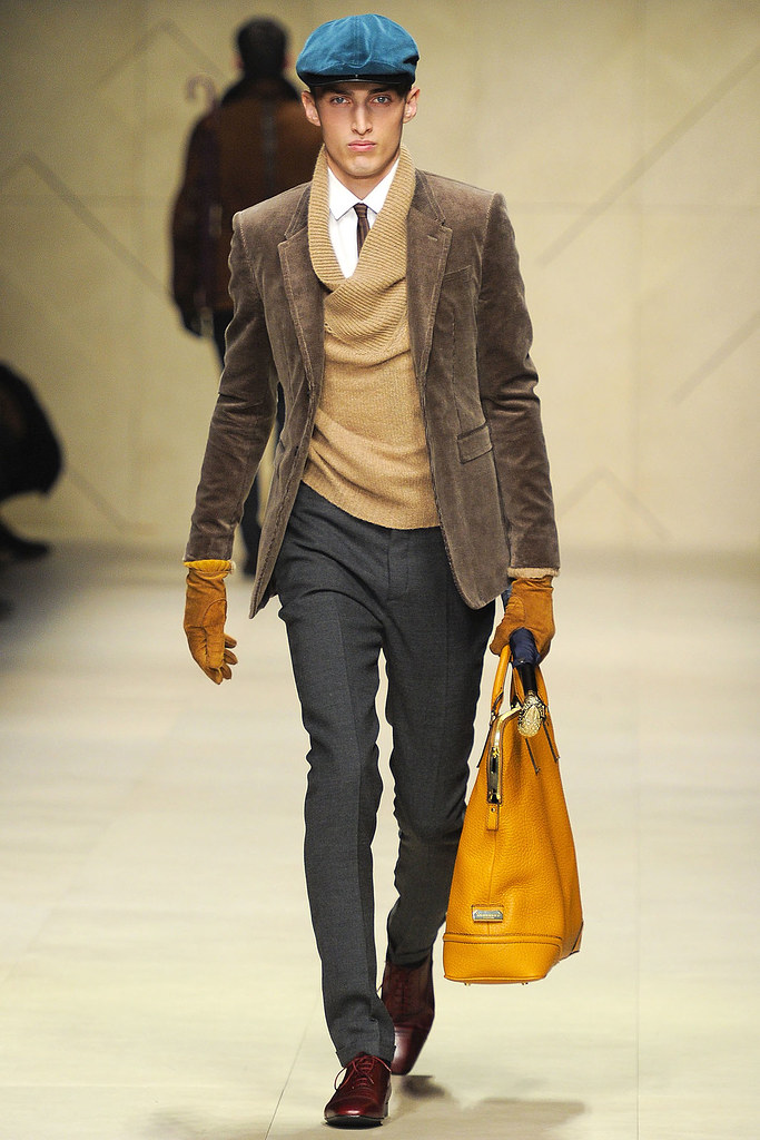 FW12 Milan Burberry Prorsum023_Charlie France(VOGUE)