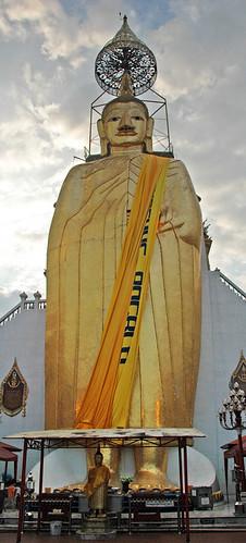 giant standing Buddha, Bangkok