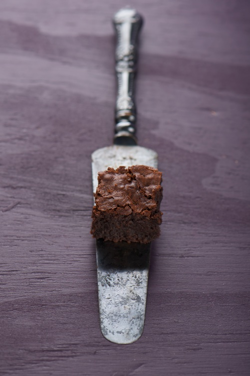 almond brownie spatula