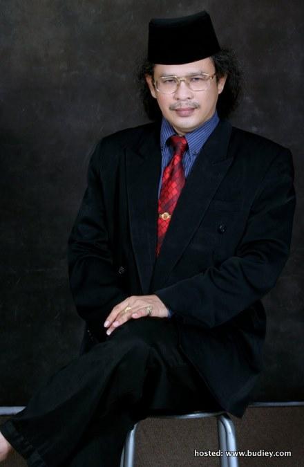 Prof. Madya Dr. Lim Swee Tin