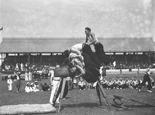 Men's vault, Highland Society's Caledonian Games, Sydney Showground, 1 January 1935 by Sam Hood