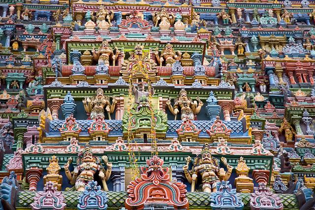 6759373767 4fd95ff30a z - Los templos Vímana en la India